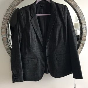 Apt 9 Black and white Blazer Size 14 NWT